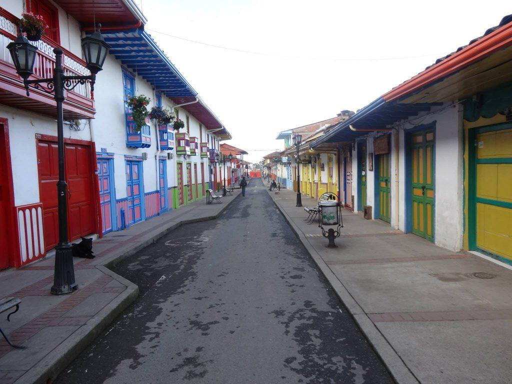 salento empty street
